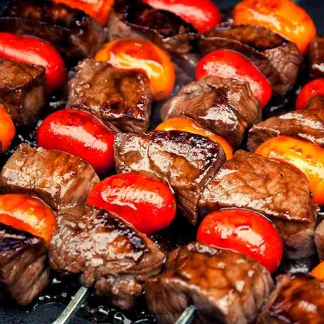 Brochettes de bœuf mariné